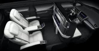 Интерьер Lexus LM