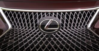 Lexus вошел в лидеры рейтингов по надежности в США и Европе